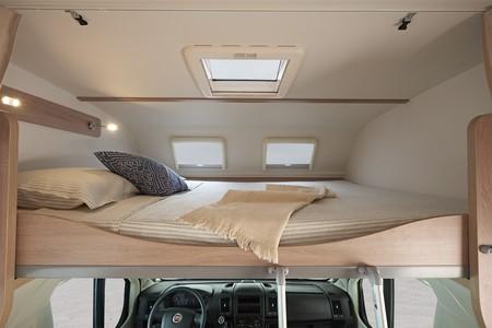 Couchette de la capucine d'un camping car
