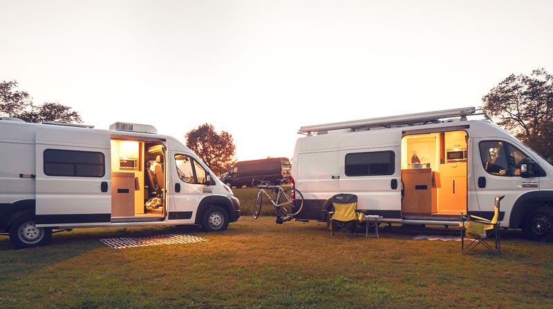 Off grid adventure vans - 9 conversions de fourgon en van