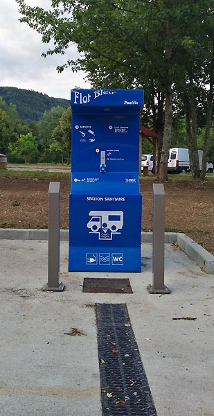 Station sanitaire camping car