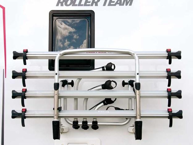 Emplacement pour 4 vélos à l'arrière du roller team t line 590