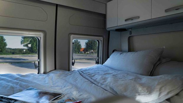 Le beau grand lit du Hymer Free 540 Blue Evolution (2021)