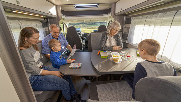 Le grand salon du camping-car Hobby Optima T 65 HKM