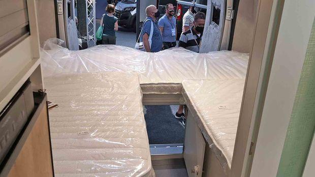 La Strada Avanti E : arrière avec les lits simples